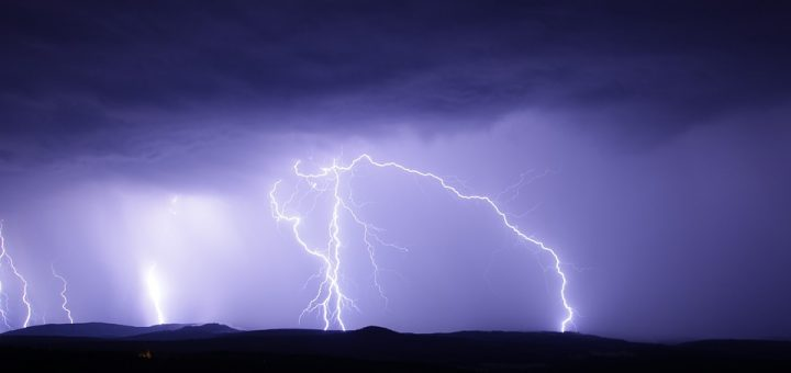 Hoe ontstaat onweer