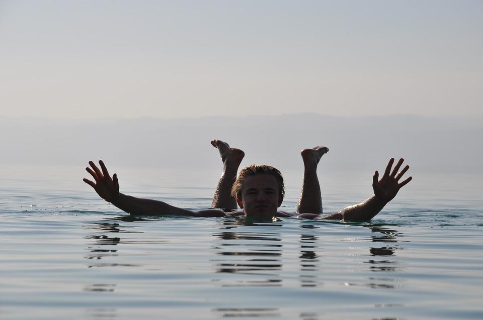 drijven op de dode zee